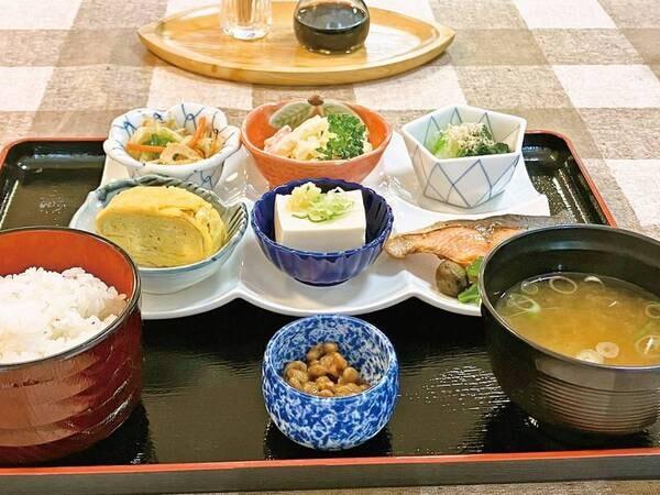 【ご朝食(和食膳)/一例】和食膳にて津軽の朝をお迎え下さい