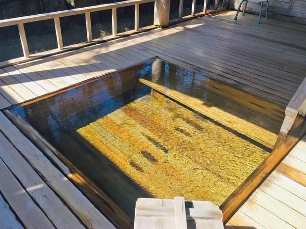【露天風呂】青森ヒバを贅沢に使用した贅沢な露天風呂/サウナ併設