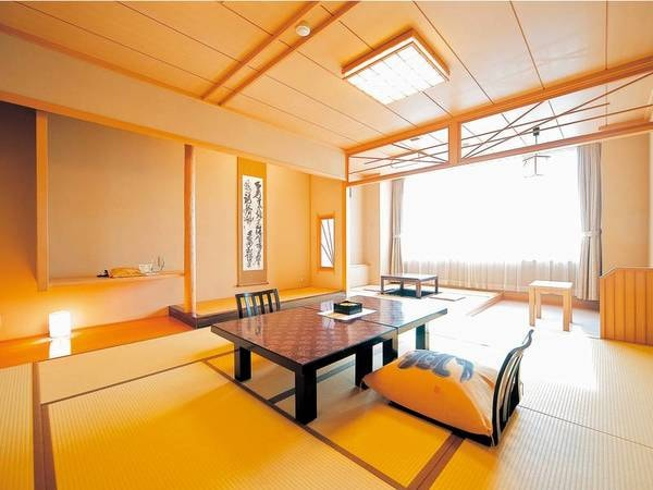 [客室/例] 陸奥湾を望む10畳+4.5畳和室へご案内(掘りごたつスペース付)