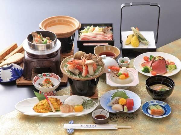 【郷土会席プラン/例】青森ならではの旬の食材を使用したお料理をお楽しみいただけます。津軽の山と海の恵みを使い、趣向を凝らした旬の会席料理。料理長が腕によりをかけた品々を、心ゆくまでご堪能ください。
