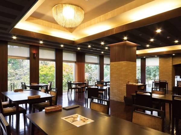 【ガーでレストラン ラ ブリーズ】青森県産、季節感にこだわったオリジナル料理「奥入瀬キュイジーヌ」をご堪能いただけます