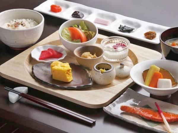【ご朝食/一例】和・洋よりお好きなお食事をお選び頂けます♪