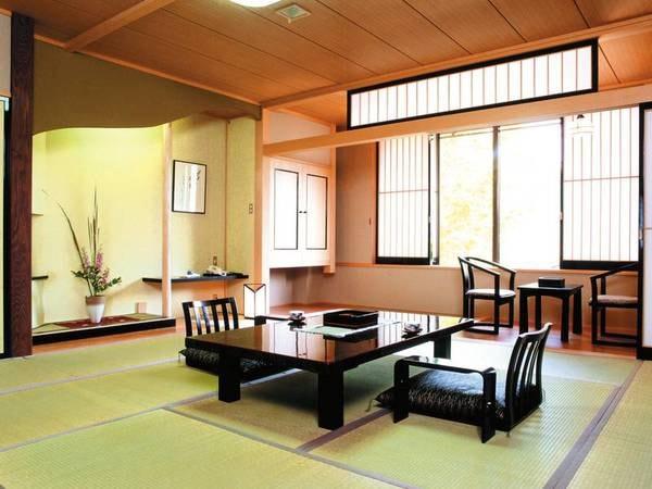 [12.5畳和室/例] 庭園望む広縁付の広々としたお部屋へご案内