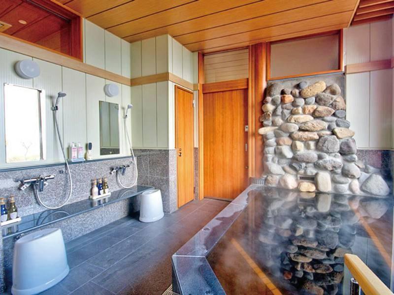 【貸切風呂】「浦島」/グランメール敷地内にある亀神社は浦島太郎伝説最北の神社であることから「浦島」と命名いたしました。