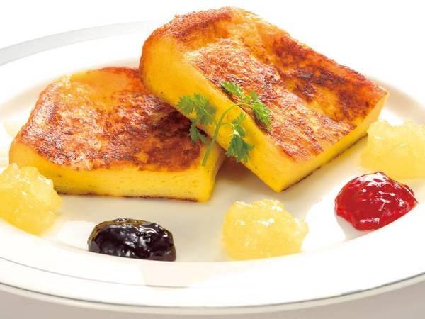 【ご朝食一例】美味しいと評判の焼きたてフレンチトースト