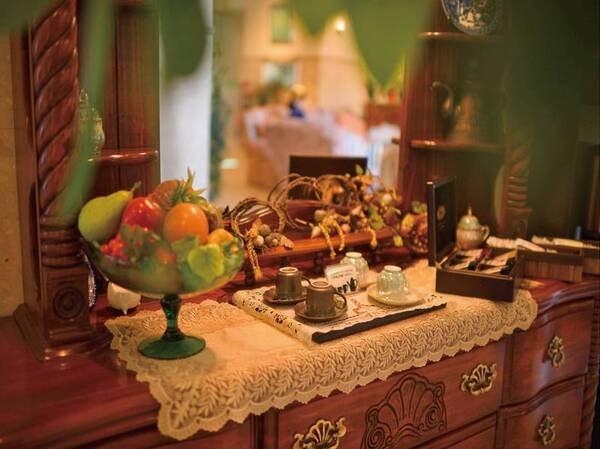【ビジネスセンター】パソコン・プリンターを2台ずつご用意。24時間無料でご利用いただけます。