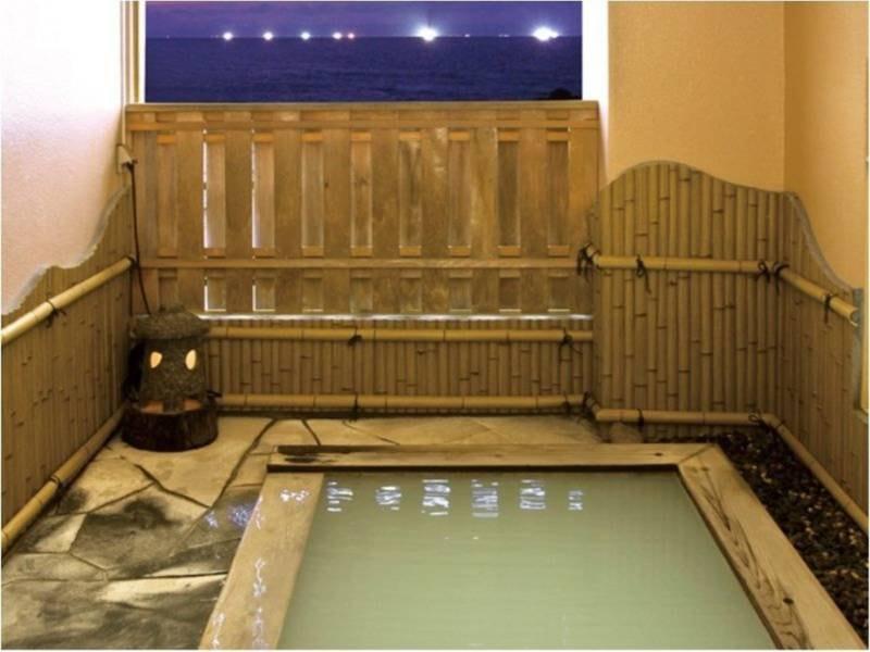 【露天風呂】硫黄泉の天然露天風呂