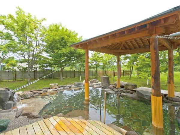 【露天風呂】四季折々の風景を楽しむ露天風呂