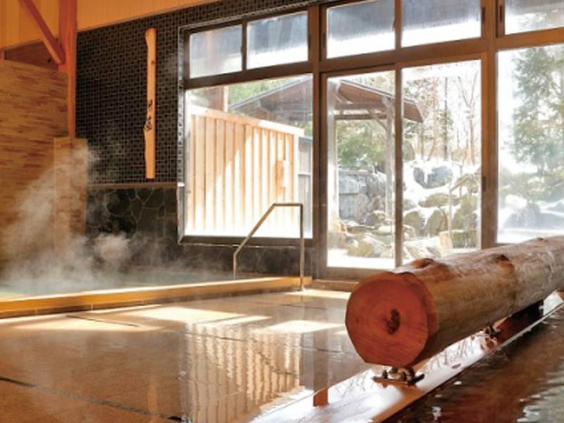 【大浴場】熱湯、瞑想足つぼの湯、サウナなど様々なお風呂を堪能