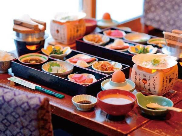 【お食事会場】津軽の郷土料理をお愉しみ頂けます