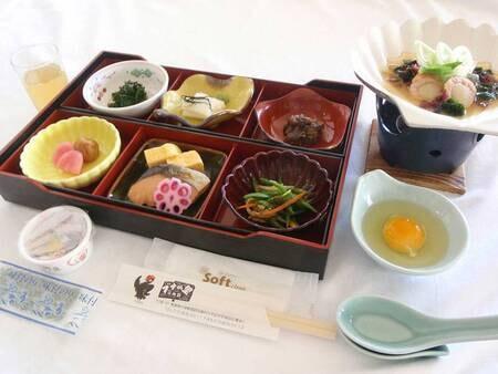 *朝食一例/炊き立てごはんと純和風のおかず。ほっと落ち着く朝ごはんをお楽しみください。