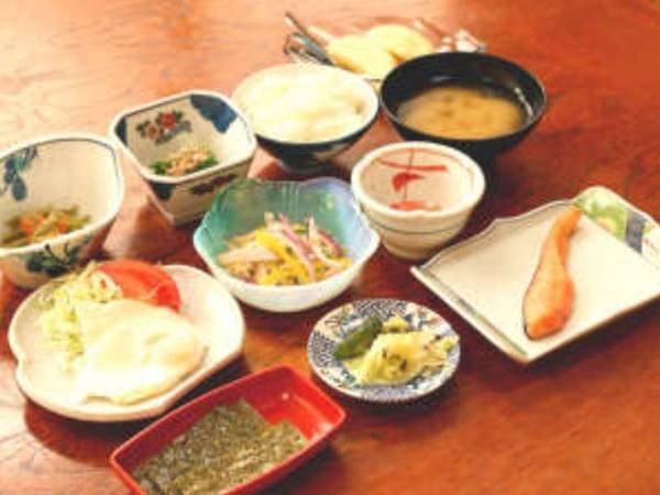 【ご朝食/一例】ビジネス利用のお客様や、朝から晩までしっかり観光を楽しみたい!!というお客様にオススメ♪
