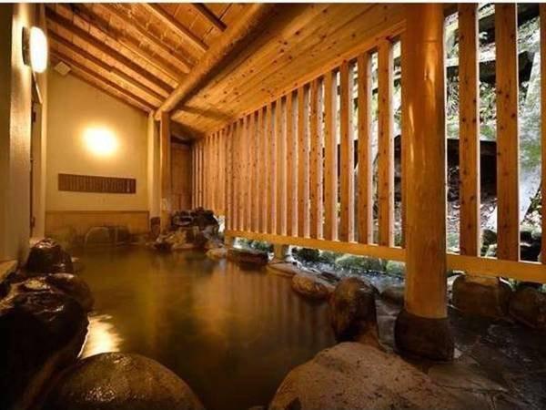 【松之山温泉 ひなの宿 ちとせ】日本三大薬湯、地産料理、里山朝ごはん、靴を脱いだら畳敷きの館内。素朴さが贅沢な心にも身体にも優しい宿