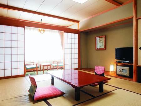 [客室/例] ゆったりと寛げる広縁付10畳の和室へご案内