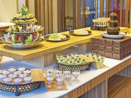 【八幡平ポーク御膳/例】デザートは好きなものを好きなだけ