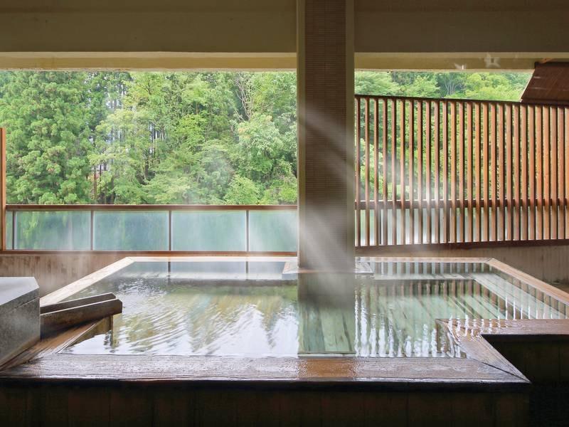 【日高見の湯】自然を感じながらゆったり浸かれる露天風呂