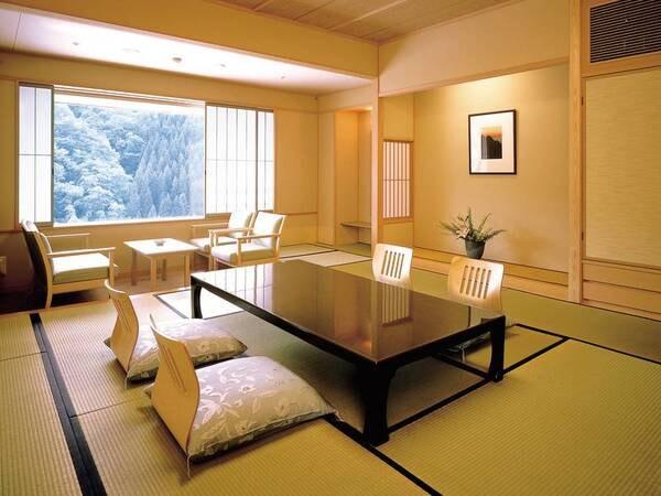 ゆったり広々とした花翔館12.5畳和室※川眺望無し/写真一例