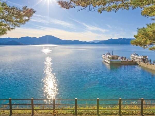 【田沢湖】車で約10分。日本一の深さを誇る湖