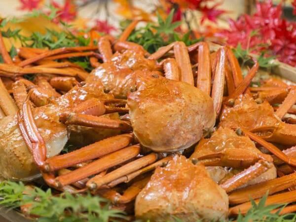 【夕食バイキング/例】蟹も丸ごと食べ放題(※日によって丸ごと出ない日もあり)