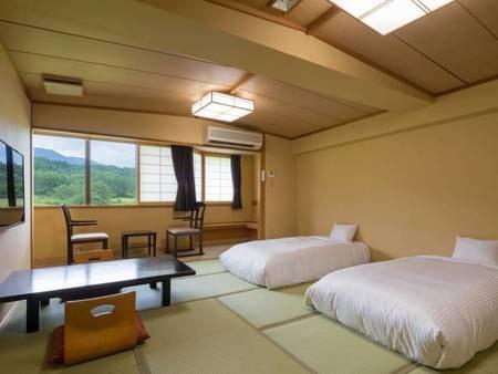 和室12.5畳【禁煙】マットレスを使用した布団。ベッドのような寝心地