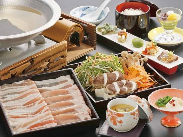 【夕食/例】長栄館オリジナルの『豚』でしゃぶしゃぶを堪能