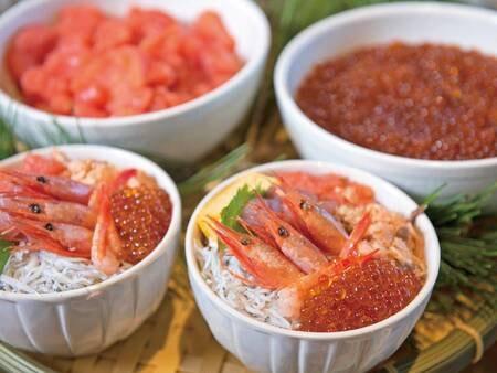 【朝食ビュッフェ/例】朝食が新しくリニューアル!海鮮丼や出来てふわふわのオムレツなど
