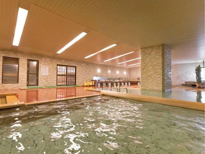 【大浴場】広々とした大浴場