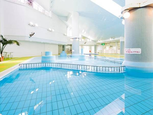 【屋内プール】4月下旬から9月中旬まで営業※別途料金