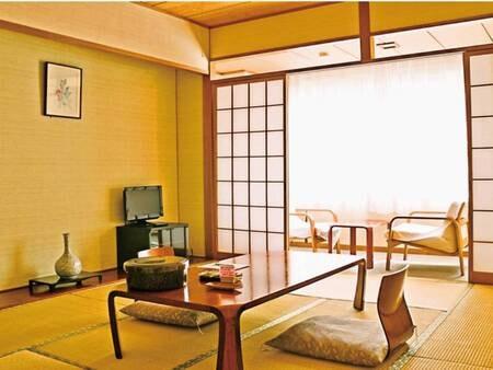 鶯宿川側 10畳和室/例