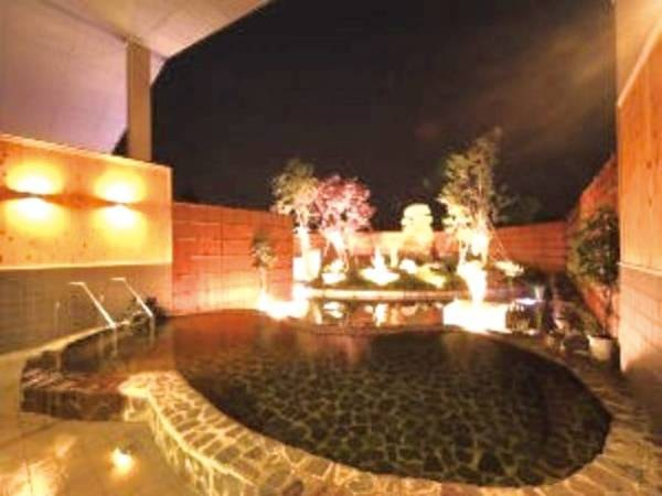 【みちのく城址温泉露天風呂】夜空を見上げながらの入浴は格別