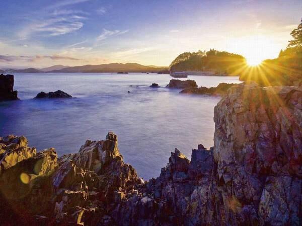 【碁石岬/例】末崎半島の先端にあたる碁石岬。宿から車で2分。