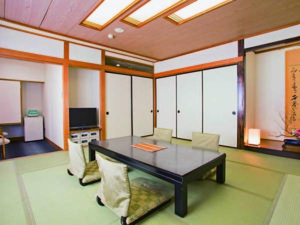 [客室/例] バス・トイレが付いた、本館または別館の8畳和室をご用意※定員3名