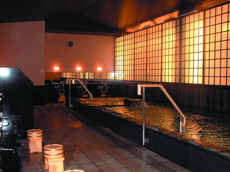 【 貸切風呂「木華子の湯」】貸切風呂とは思えない大きな湯船!一度に15名まで利用可能