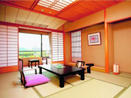 【10畳和室/例】四季折々に彩りを変える秋保温泉郷を一望!