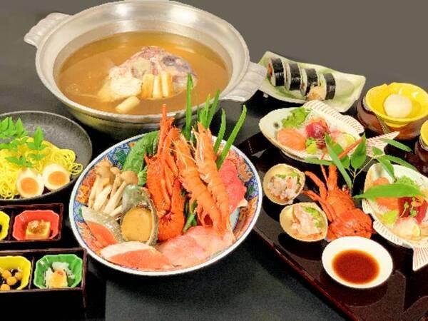 イセエビ、金目鯛、鮭、あわびなど海鮮だけでなくお肉やお野菜も入ったお鍋/一例