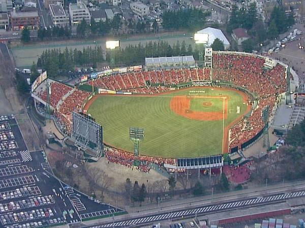【楽天生命パーク宮城】宿から徒歩約10分!野球観戦にぜひ!