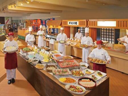 バイキングor和食膳(宿お任せ)※バイキング開催時の写真一例。和洋中充実のメニューがずらり!