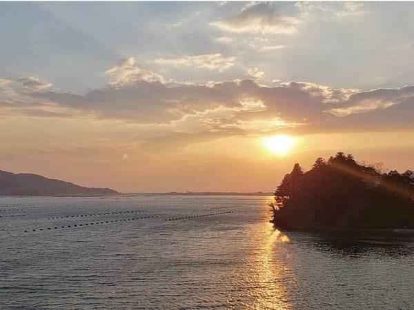 【女川】女川海岸の夕日