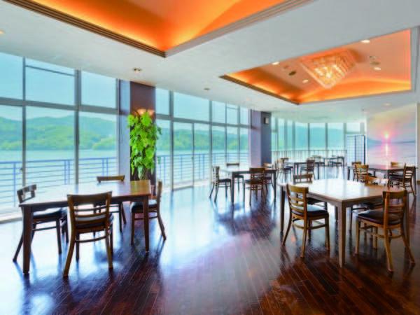 【食事会場】女川の海を望むレストランにて※変更する場合あり