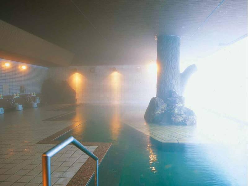 【大浴場】源泉100%のかけ流しを堪能