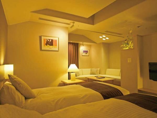 【リニューアルされた洋室】温かみのあるお部屋