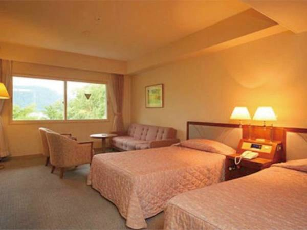 【洋室/トリプルタイプ一例】グループ、ファミリーでも快適にお過ごし頂けます。十和田湖の快適な滞在を