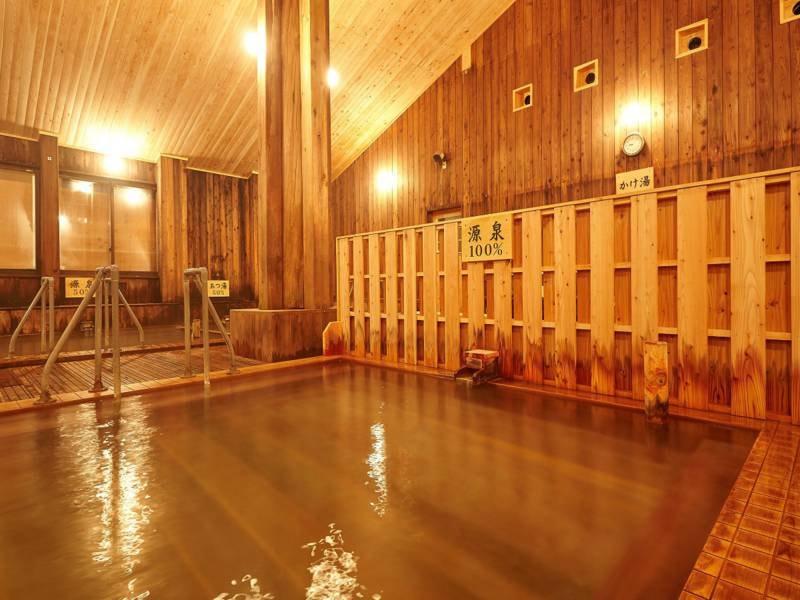 大浴場 『源泉100%』PH1.2という塩酸が主成分の強酸性の泉質となっております。