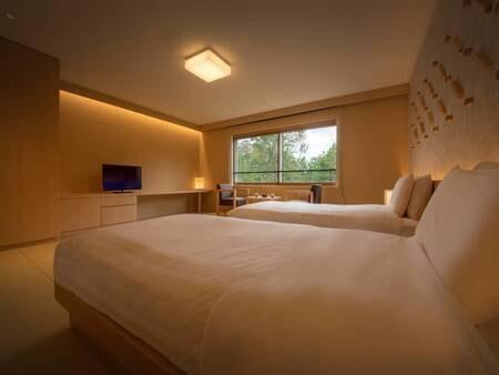 リニューアル和室ツインルーム≪禁煙≫/一例 ベッドは過ごしやすいシモンズ社製のマッドレスにローベッドを導入。