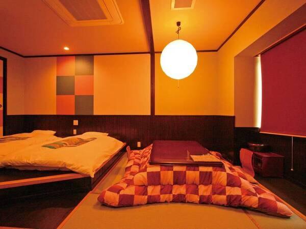 【本館和室/一例】日本庭園の眺望が一番。 旧式バストイレ付和室で2階のみでエレベーターはございませんのでご了承ください