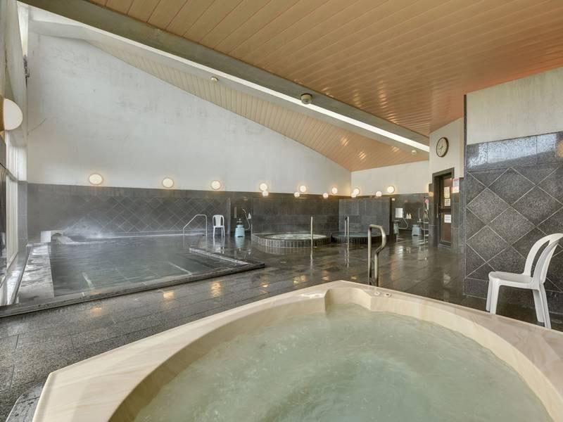 *温泉大浴場:泡風呂