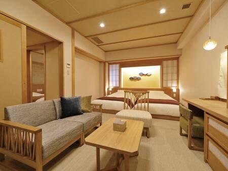 【和フォース49㎡(和ベッド・露天風呂付)】ベッドルームが独立しているタイプで二世代旅行に最適。桧露天風呂がついており、いつでも露天風呂が楽しめる