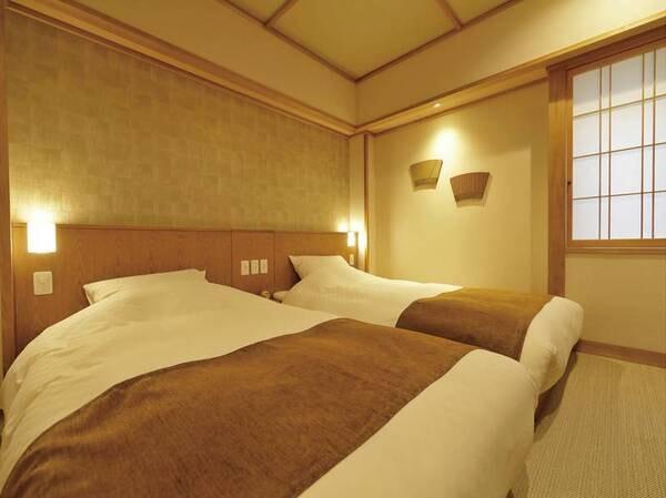 【和フォース49㎡(和ベッド・露天風呂付)/ツインベッドが置いてある独立したお部屋が完備】