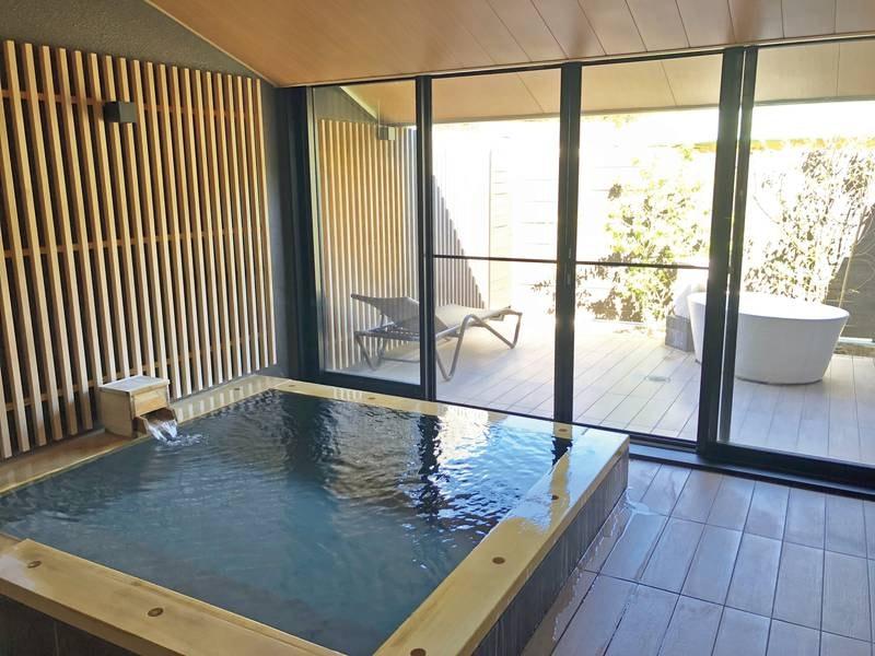 3タイプの趣向を凝らした家族風呂。それぞれの多彩な特徴を持ちつつ、豊かな自然に囲まれてゆとりある、特別な空間の中でゆったりと!