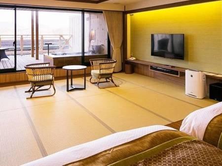 【<別邸うらら>露天風呂付スタンダード/例】10畳和室にツインベッドを設えた、別邸スタンダードタイプの和洋室です。和室10畳/2ベッド/シャワールーム/温泉露天風呂(計55平米)